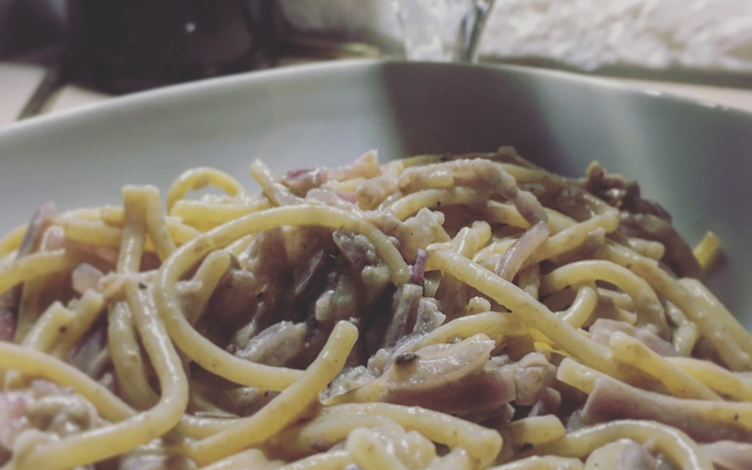Spaghetti with Anchovies & Onions